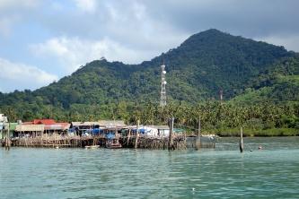 Bang Bao vom Tauchboot aus