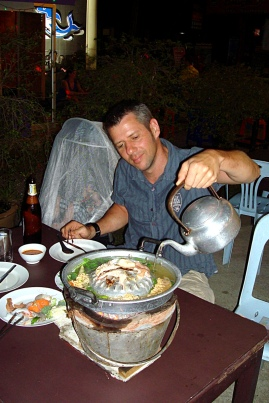 Hot Pot wird begossen