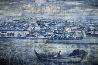 Hübsches Mosaik am eher verfallenen Miradouro de Santa Luzia