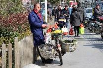 Obstradler am Busbahnhof von Suzhou