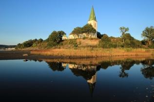 Gespiegelte Kirche