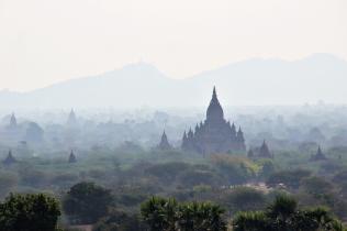 Fernsicht vom Nord Guni Tempel