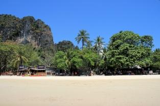 Go West: Willkommen auf Rai Leh
