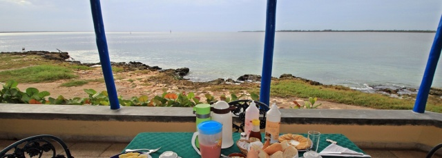 IMG_2079_breakfast_PANO_MINI