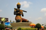 Dambang Krognuing Statue