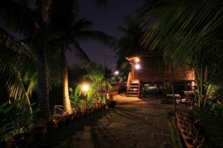 Baan Thai bei Nacht