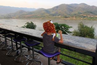 Mekong Viewpoint Cafe ein paar km vor Chiang Khong