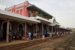 Ankunft am Bahnhof von Hue