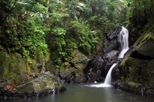 Imposanter als wir dachten: Pulau Wehs stattlichster Wasserfalll