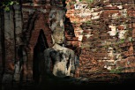 Auch von außen gibts im Wat Mahatat viel zu entdecken
